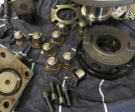 Réparation-pompe-hydraulique-à-pistons-r