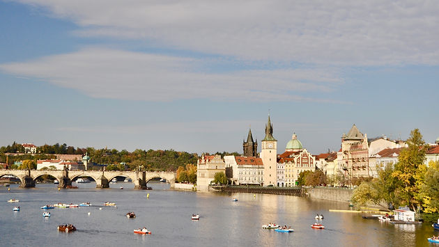 Prague-Charles-Bridge.jpeg