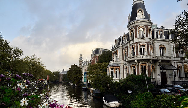 Where to go in Amterdam - beautiful canals