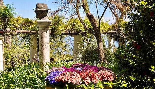 where to go in Capri - Capri gardens