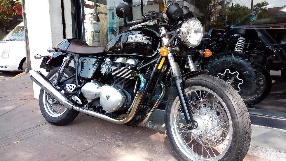 Triumph Thruxton 900, 2013