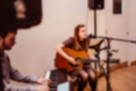 Lauraspaperheart Acoustic Wedding Singer & Guitarist & Pianist Duo