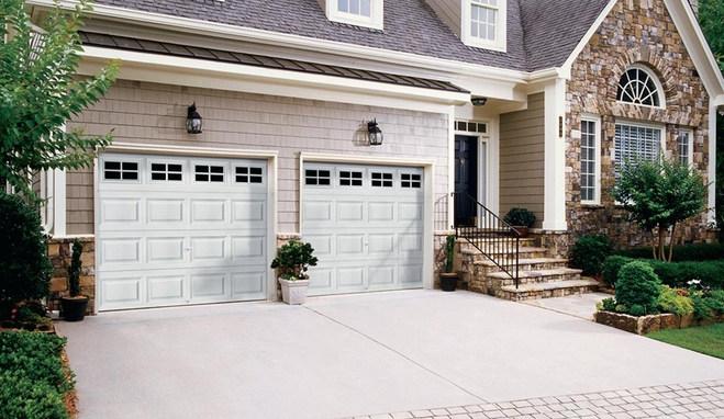 Colonial Style Garage Door