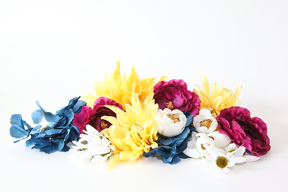 22 Flower Mix in Blue, White, Yellow and Magenta