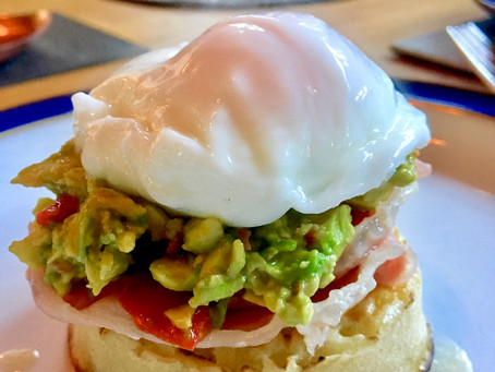 Diary of a Pilates Instructor...Something for the weekend? Avocado Savoury Crumpets! 🍳 🥑🌶🥓