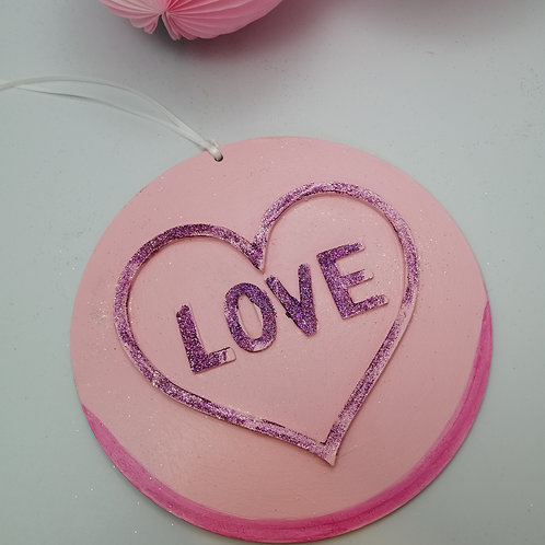 Wooden Kitsch Love Heart sweet decoration