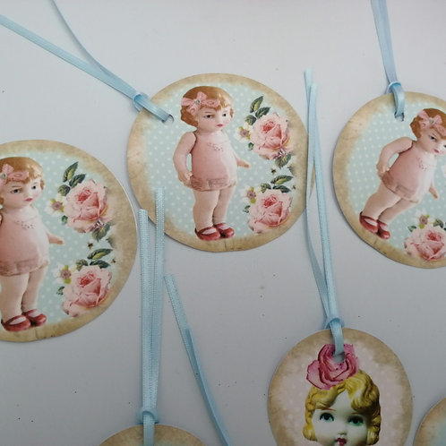 Kitsch Doll Gift Tags x 8
