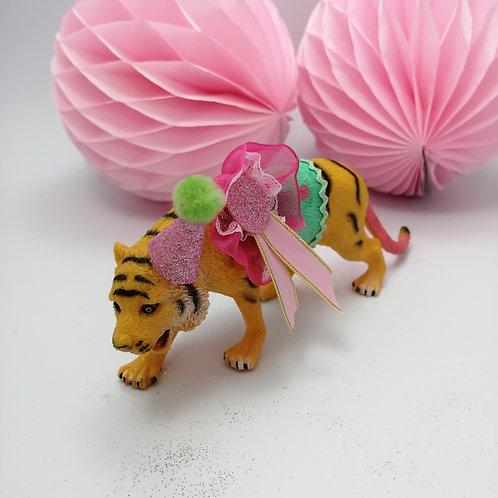 Kitsch  Animal cake topper -Tiger