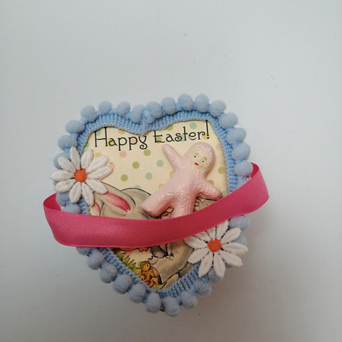 Kitsch Vintage Style Easter Gift Box