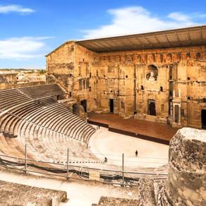 El arco de triunfo y el teatro antiguo de Orange | FRANCIA