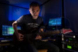Peter Hamer - 8 strings guitar