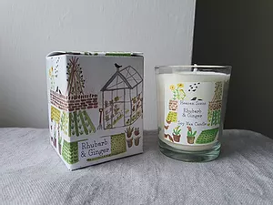 Garden Collection Candle £6.00Rhubarb & Ginger Fragrance oil in Soy Wax Candle in a pretty illustrated box.     Will burn for 30hrs      Vegan Friendly   Rhubarb & Ginger 9cl Soy Wax Candle in an illustrated boxt