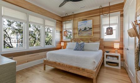 16-Guest Room.jpg