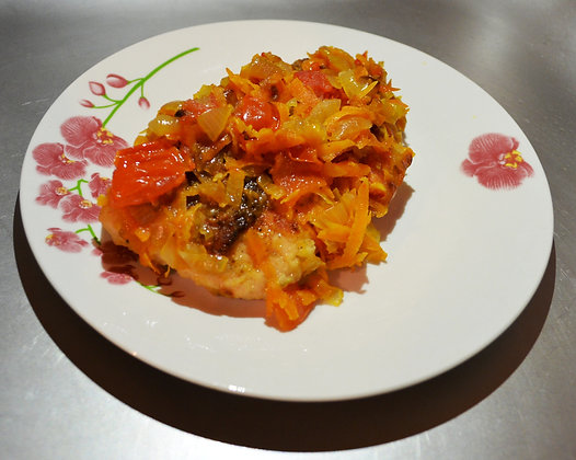 Рыба запеченая с овощами
