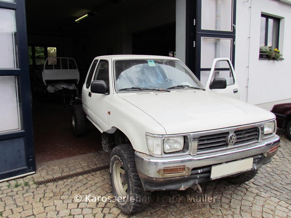 VW Taro, fertige Pritsche im HG