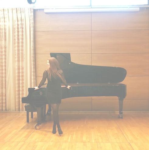 pianopic_edited.jpg