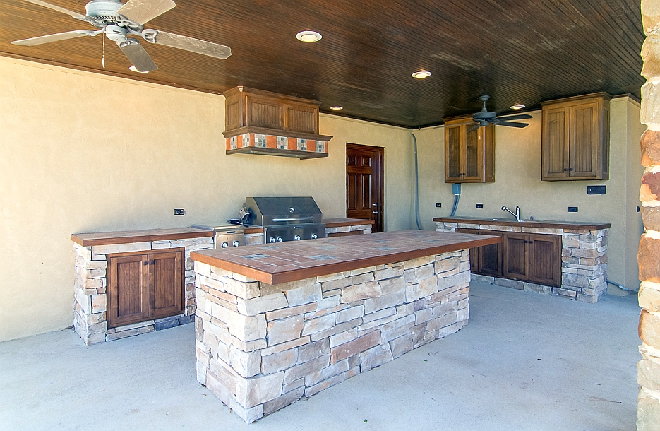 Patio kitchen area