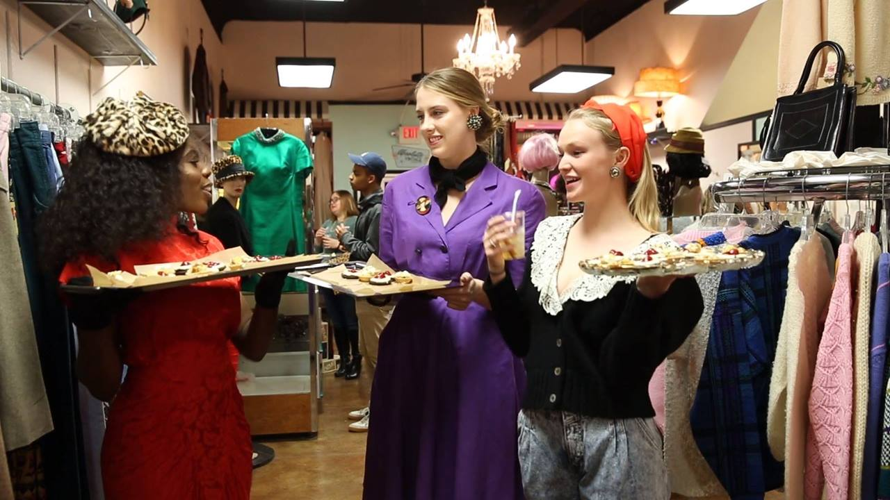 Absolute Vintage holds retro holiday fashion show