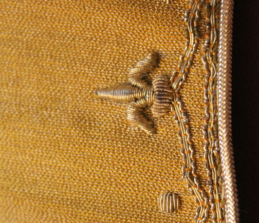 French Gold front detail 4