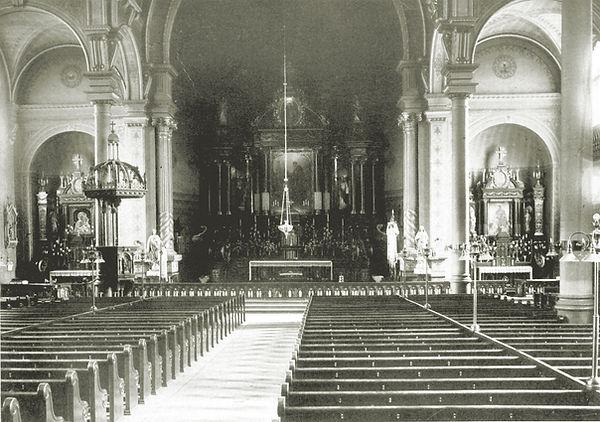 1-interior-before-1910.jpg