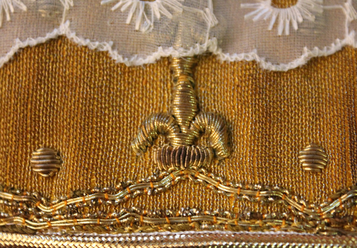 French Gold stole detail 4