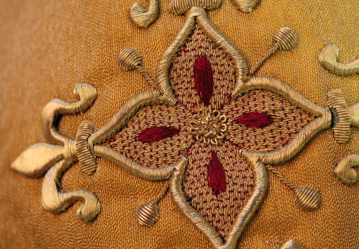 French Gold chalice veil detail 3