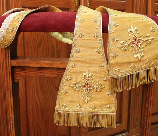 French Gold stole