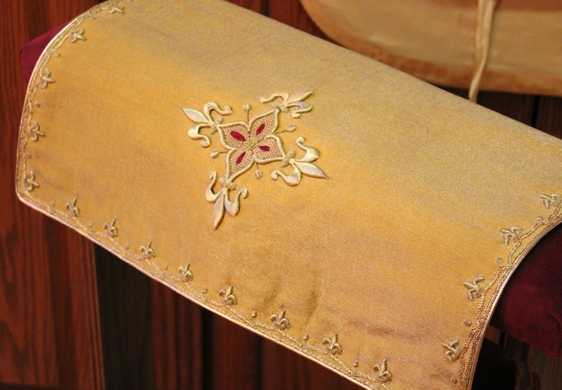 French Gold chalice veil