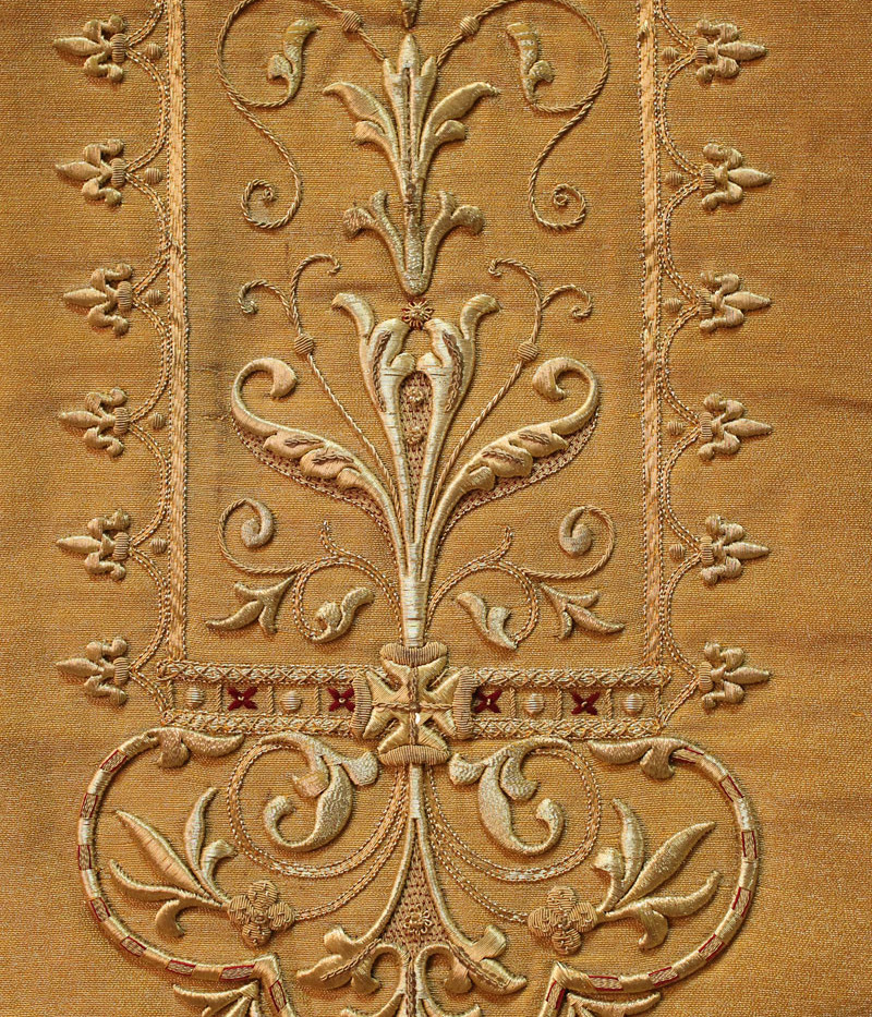 French Gold front detail 2