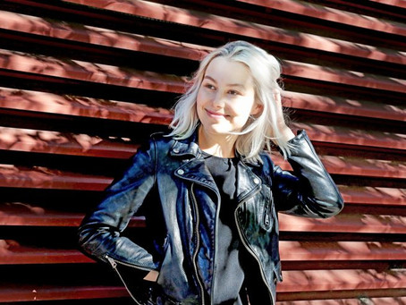 Phoebe Bridgers: Raw and Revealing Songs About Everyday Life