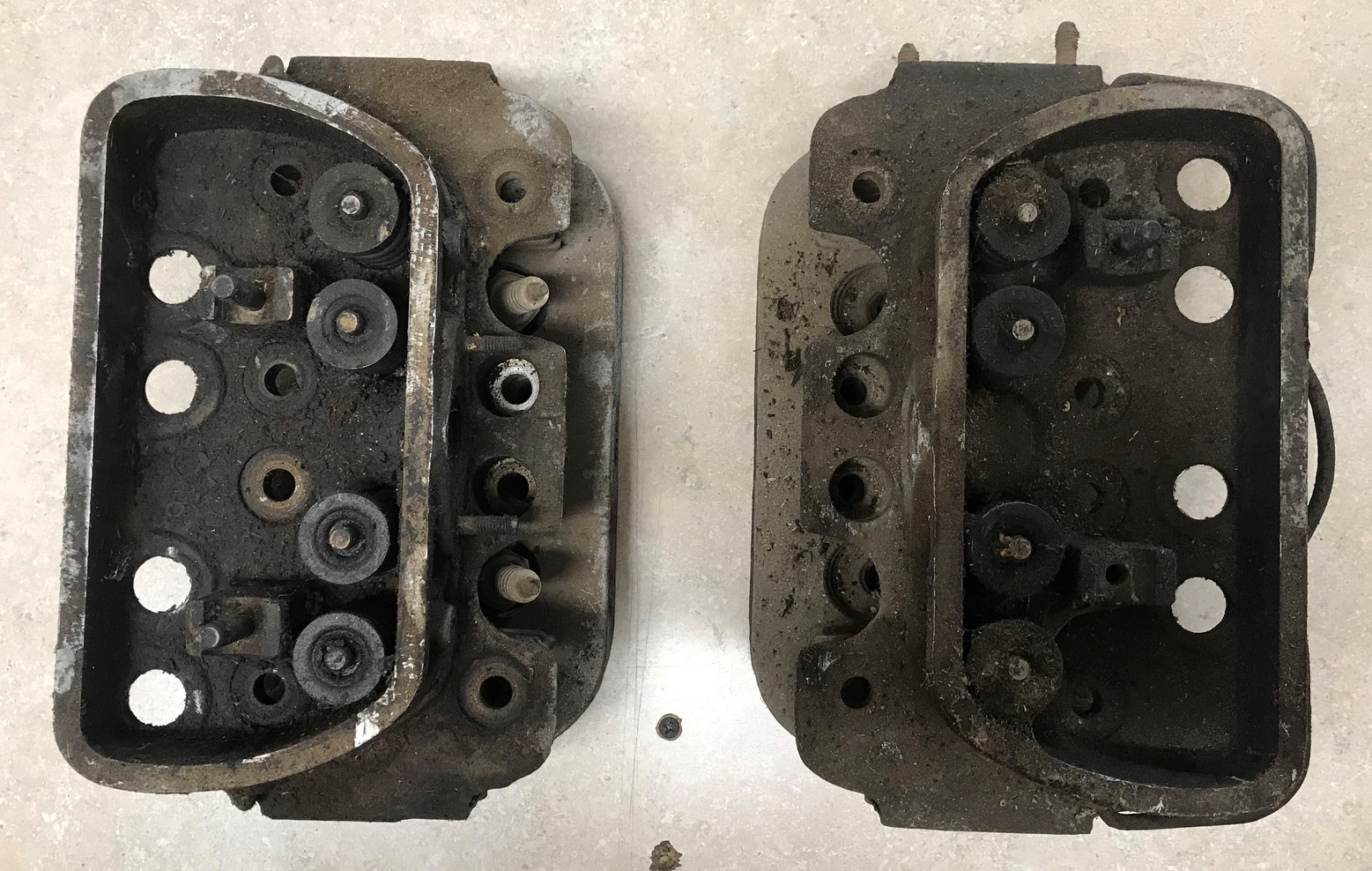 36 HP Cylinder Head w/ Valves & Spring Set