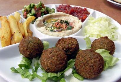 1599px-Food_in_Israel.jpg