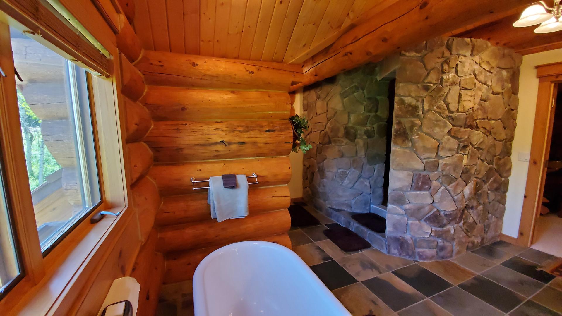 Colorado Bathroom 02