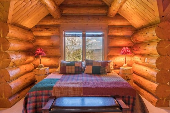 Colorado Bedroom 02