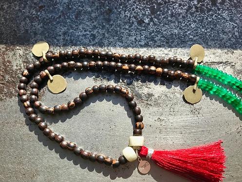 DAKOTA long, beaded statement necklace