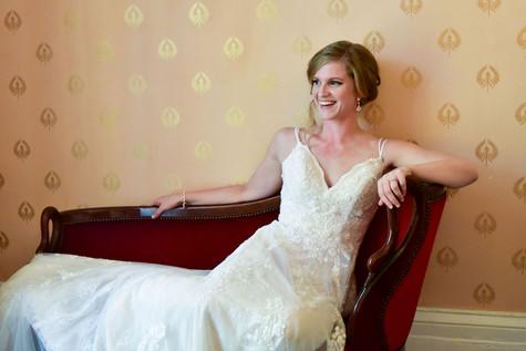 Fun Bridal Portrait Photographer