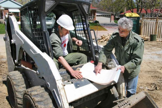 How to Hire Landscaping Contractors