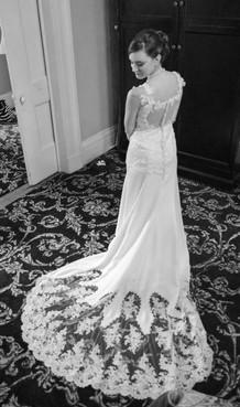 Creative Bridal Portrait Photographer