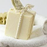 bath-close-up-gift-208483.jpg