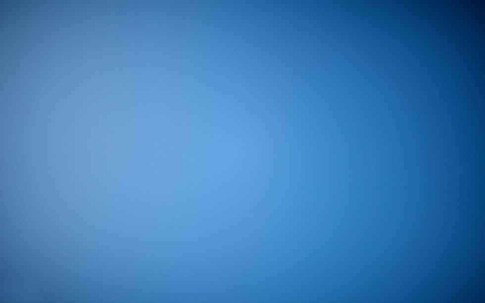 ZQXE9wI-blue-gradient-wallpaper.jpeg