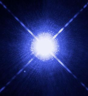 Sirius_A_and_B_Hubble_photo_full.jpeg