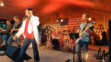 Captured Detroit is the ultimate Journey Tribute band