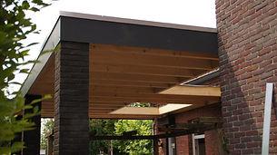 Renovatie terrasoverkapping hout