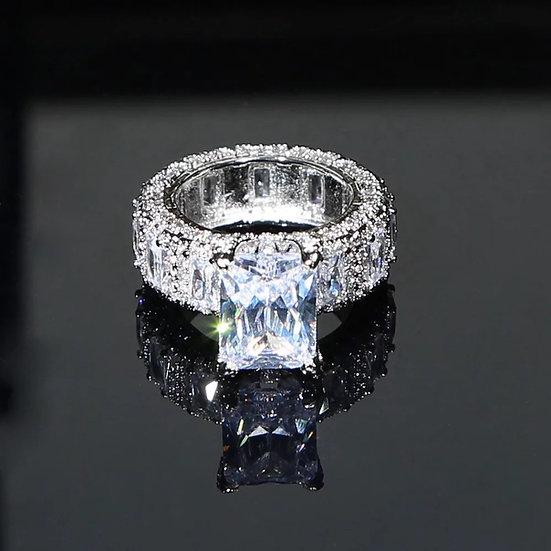 Extravagant Big Diamond