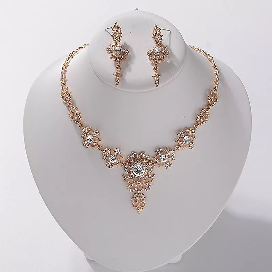 Chandelier Necklace Set