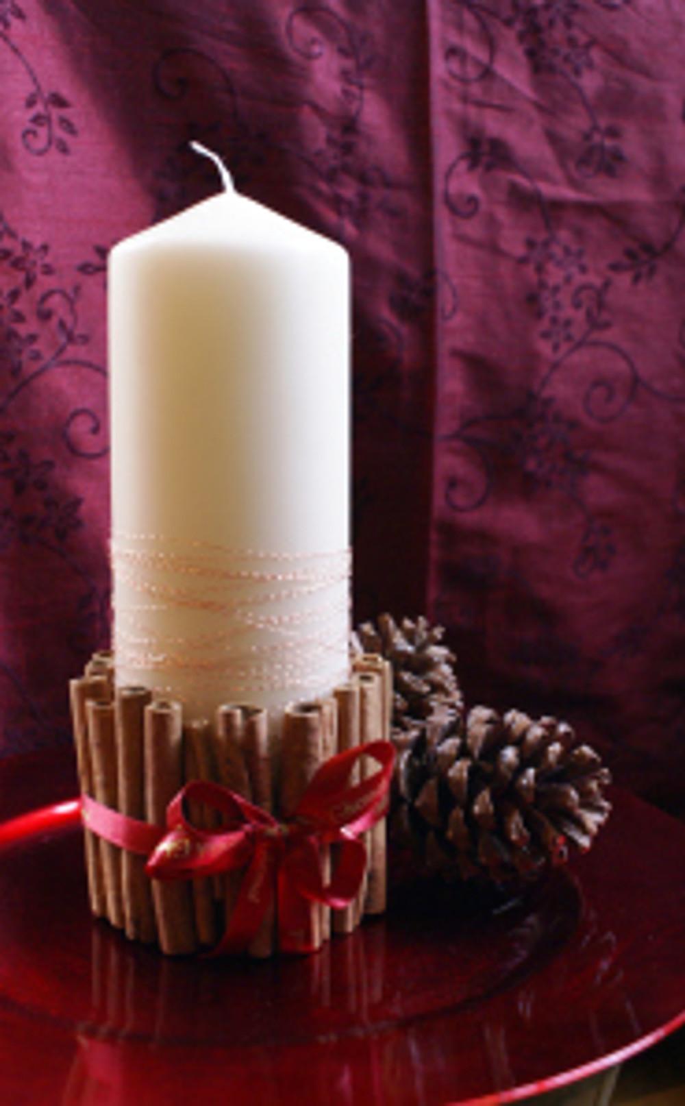 Festive Cinnamon Candle