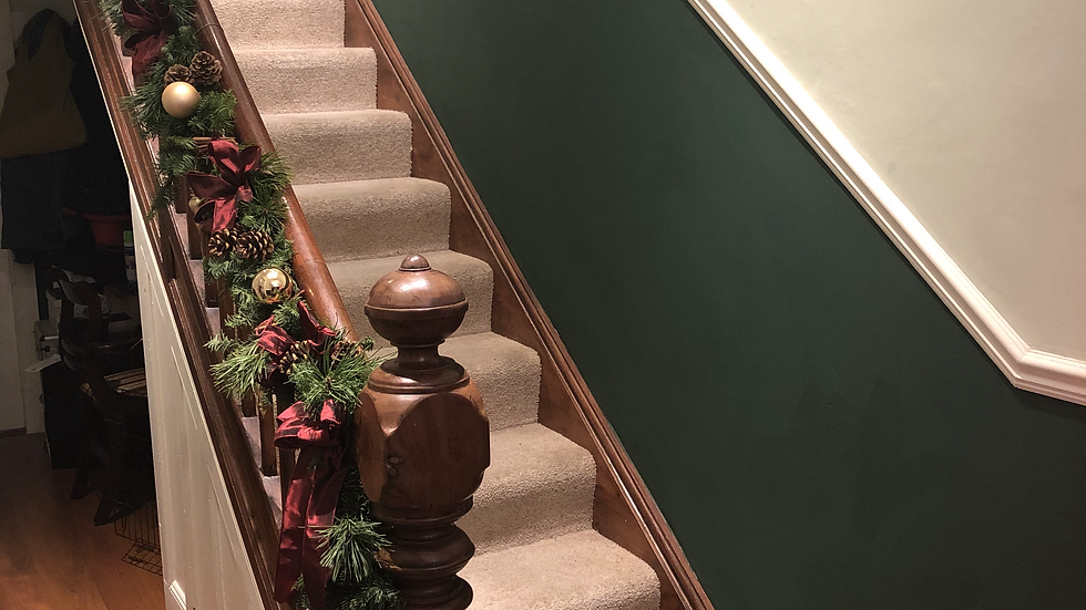 Staircase garlands