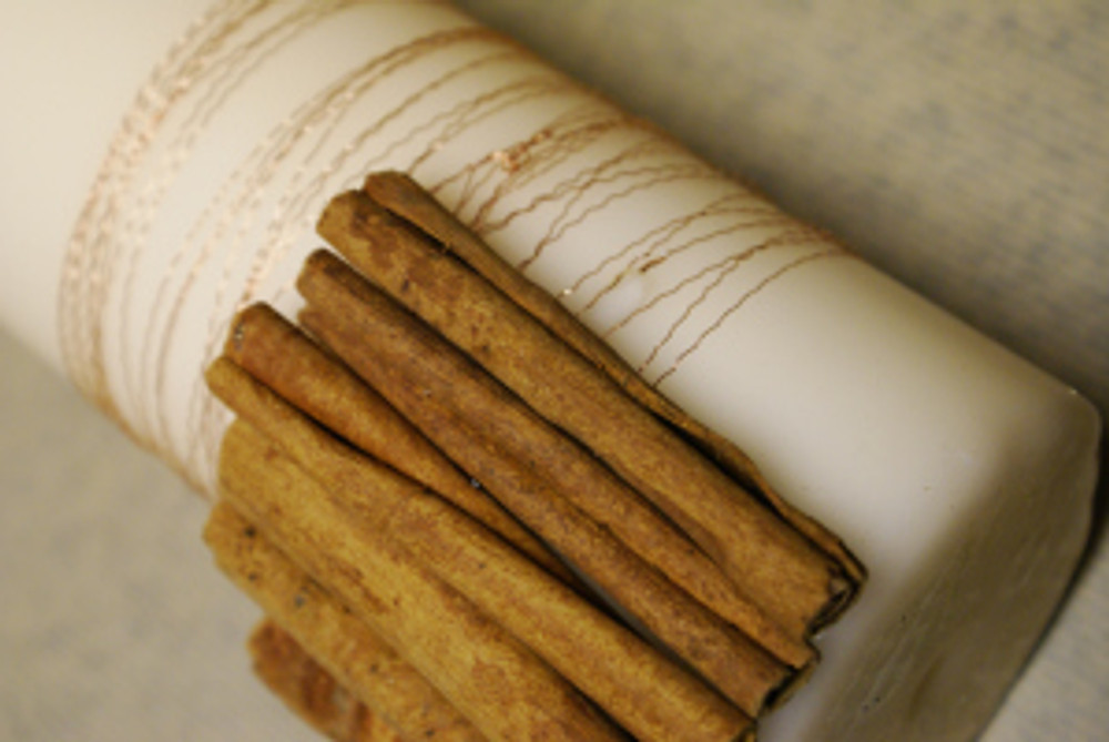 Gluing cinnamon