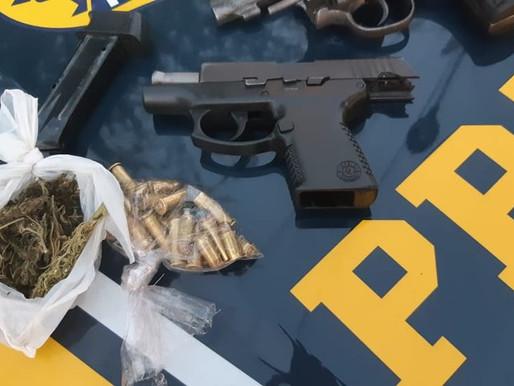 PRF apreende armas, munições e porção de maconha em Sertânia