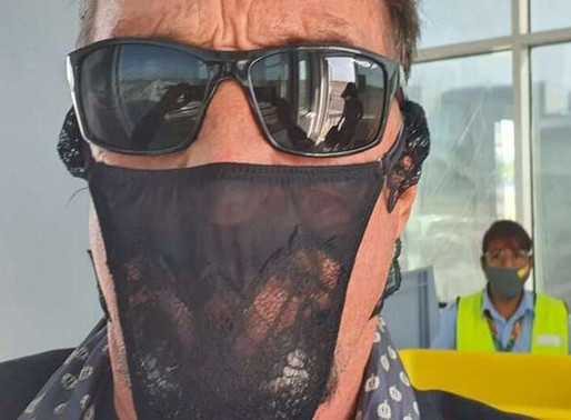 Criador do McAfee é preso na Alemanha por usar calcinha no lugar de máscara